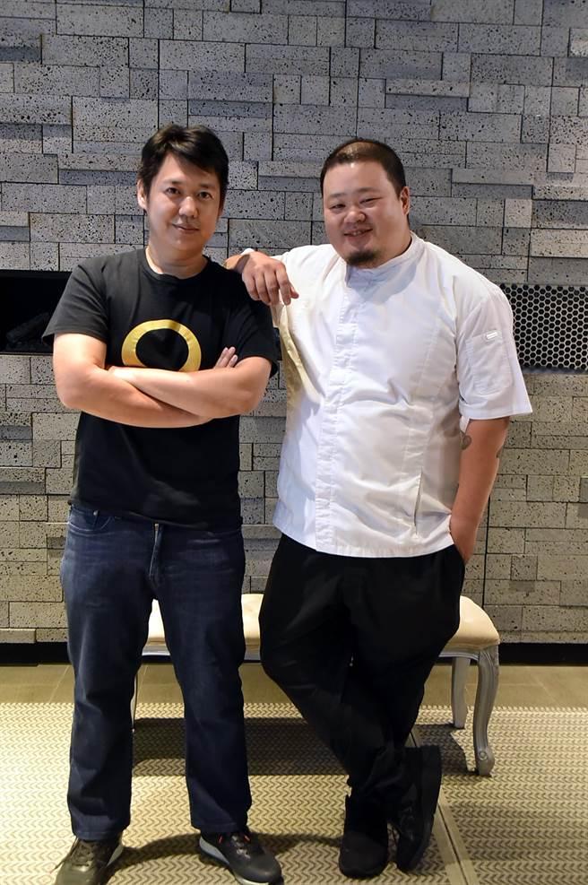 〈Orchid蘭〉餐廳負責人Frank(左)與主廚Nobu Lee持續優化客人用餐體驗。(圖/姚舜)
