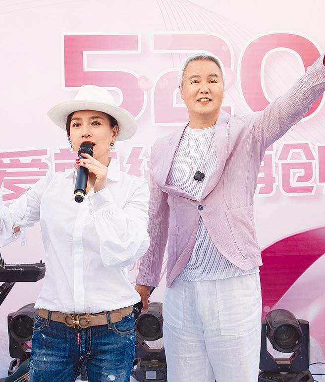 林瑞阳(右)与张庭夫妻近年在大陆发展有成,身价数亿。(资料照片)