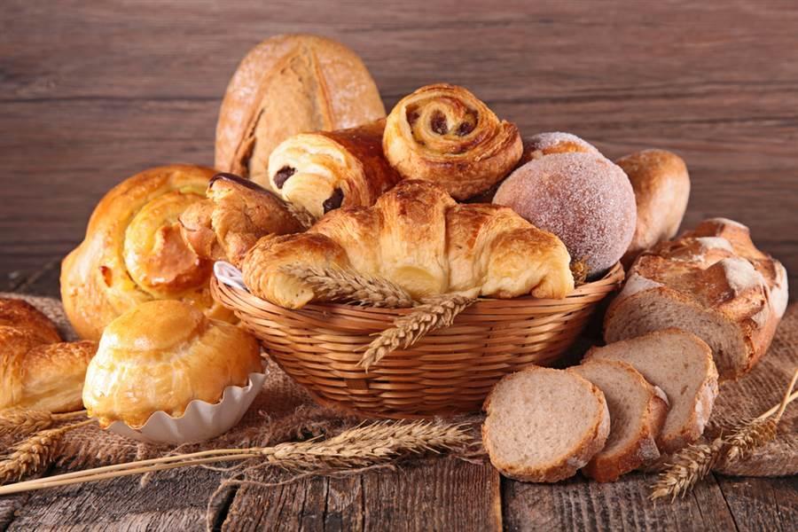 麵包藏爆肥危機 營養師曝「5款地雷」 網驚呆:都是好吃的 - 生活
