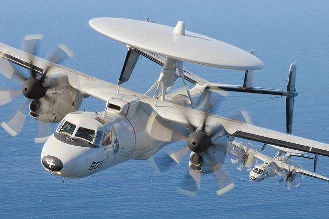 美軍E-2C鷹眼空中預警機。(取自美國海軍官網)