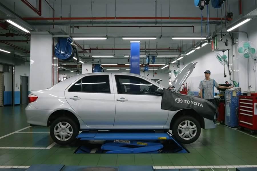 覺得自己保養Toyota太麻煩? 那就交給原廠專業的來