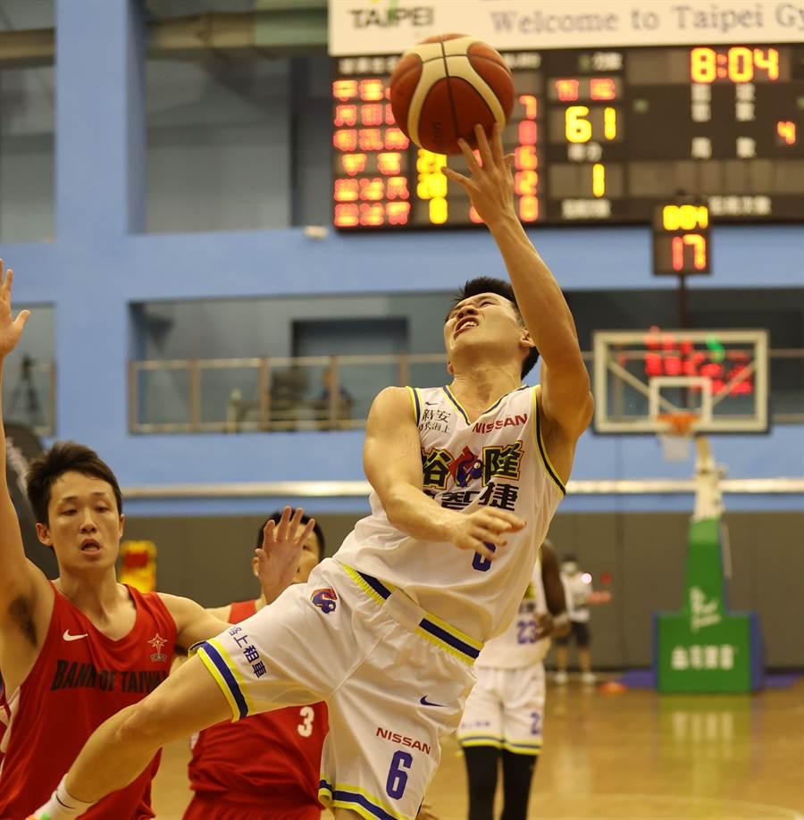 李愷諺在延長賽的2次成功抄截,幫助裕隆驚險擊敗台銀,夏季挑戰賽取得3連勝佳績。(中華籃協提供)