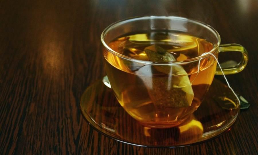 女星喝「咖啡綠茶」體脂降3% 營養師要3種人少喝 - 生活