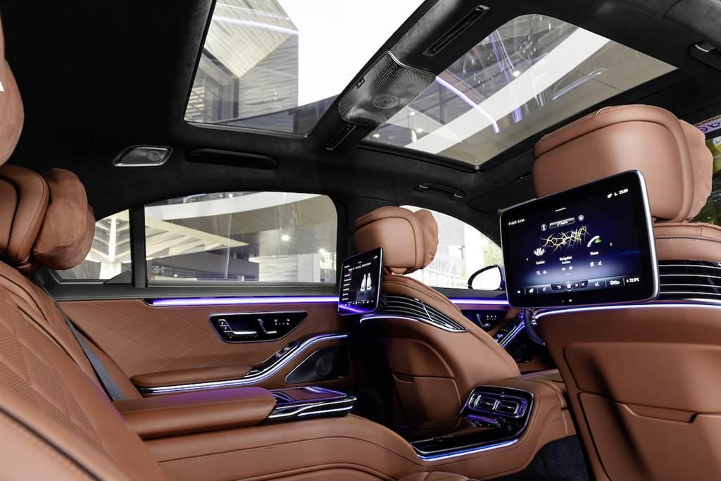 汽車產業標竿再度飛越進化,全新第11代Mercedes-Benz S-Class W223全球首發