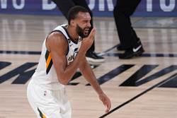 NBA》裁判又搶戲!戈貝爾被打臉沒吹加罰
