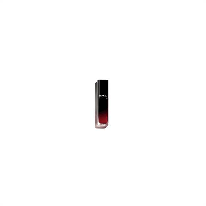 香奈兒超炫耀釉光脣萃 #80永恆,1280元,10月上市。(香奈兒提供)