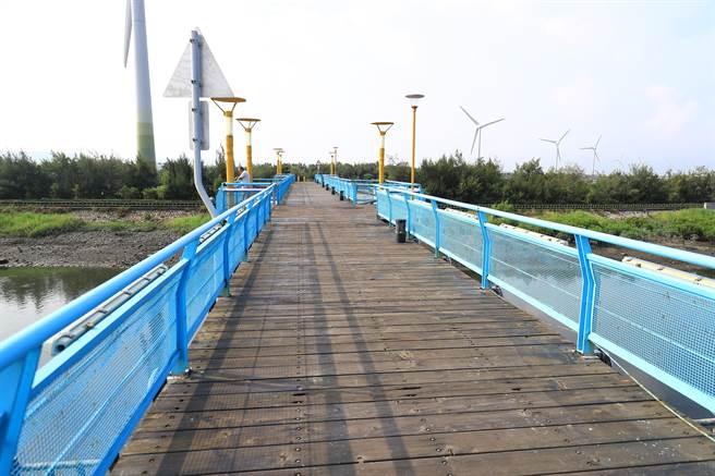 大安區濱海自行車道大安段修繕工程3日啟動,預計明年7月完工。(陳淑娥攝)