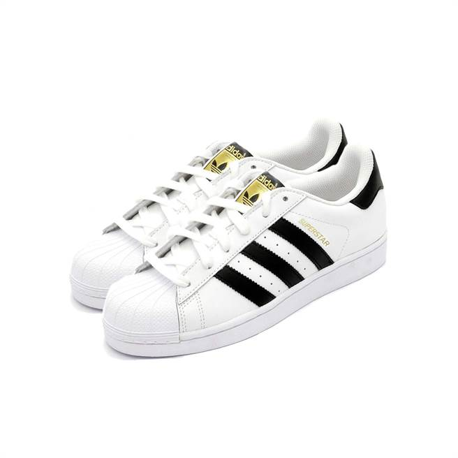 蝦皮購物的「9.9超級購物節」將於9日當天祭出下殺限量Adidas Originals Superstar金標,下午3時限量開搶,原價2680元,特價1645元。(蝦皮購物提供)