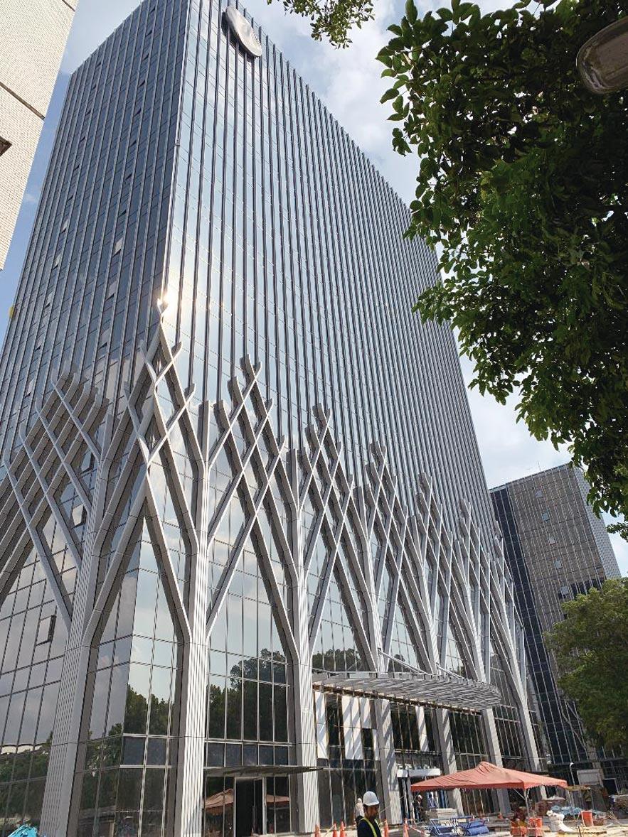 敦北規模最大公辦都更案已完工落成,未來將作為玉山銀行第二企業總部大樓。圖/蔡惠芳