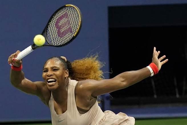 美國女將小威廉絲4日在美網打敗對手。(美聯社)