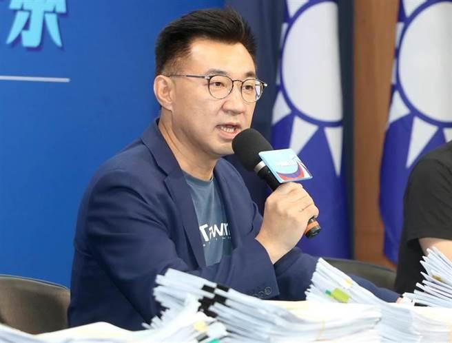 國民黨主席江啟臣4日對口罩與美豬問題發表意見。(鄭任南攝)