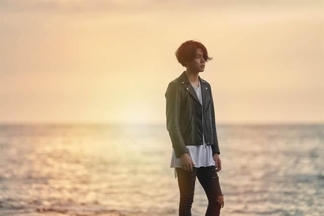 楊宇騰日前拍攝新歌MV。(泓康天下娛樂文創提供)