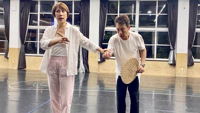 2020年春河劇團推出全新音樂劇《救救歡喜鴛鴦樓》,不僅是一個家族的延續,更是傳統文化的存續。(主辦單位提供)