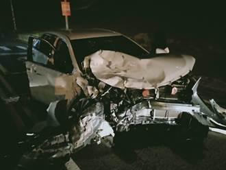 苗栗爸唱完KTV太嗨 酒駕載7歲女兒回家 一路猛撞車全毀