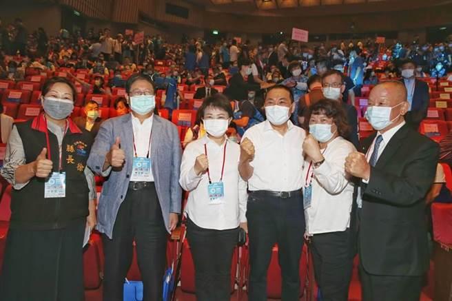 國民黨6日舉行全國代表大會,縣市首長出席相挺。(王英豪攝)