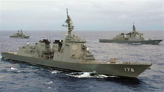 日本海上自衛隊的足柄號神盾艦。日本並不打算將陸基神盾的資材用來做成另一艘神艦艦,而是做成專門的雷達預警艦。(圖/JMSDF)