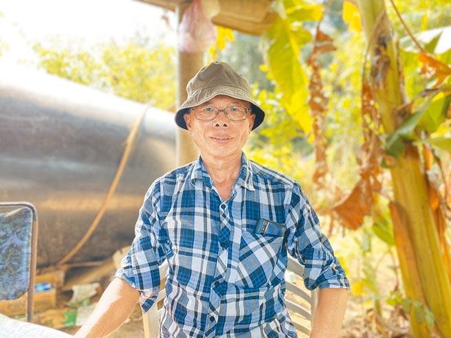 曹燕銘退休後參與守護黑翅鳶等保育工作。(巫靜婷攝)