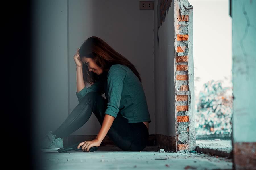 一名少女因搭錯車,慘遭3男輪流性侵。(圖/示意圖,達志影像)