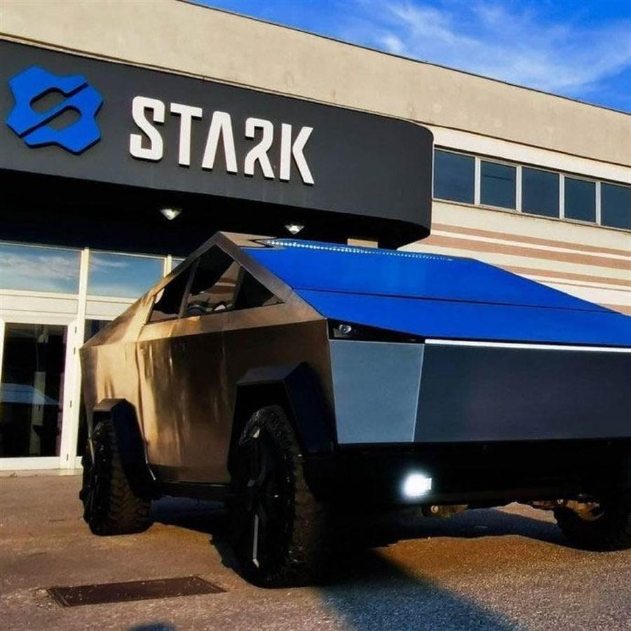 特粉花八個月自製 Cybertruck,本體竟是福特 Raptor F-150 皮卡