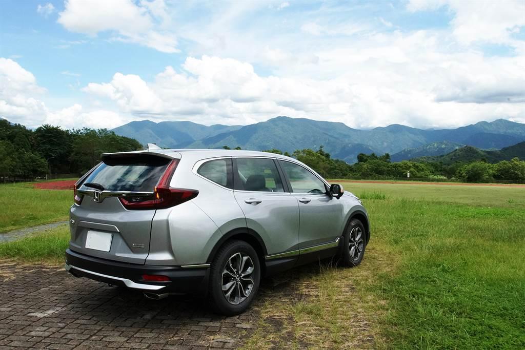 在競爭最激烈的百萬SUV級距中,New CR-V以微整型、科技下放、車系擴編迎戰對手,力求續坐國產SUV霸主。
