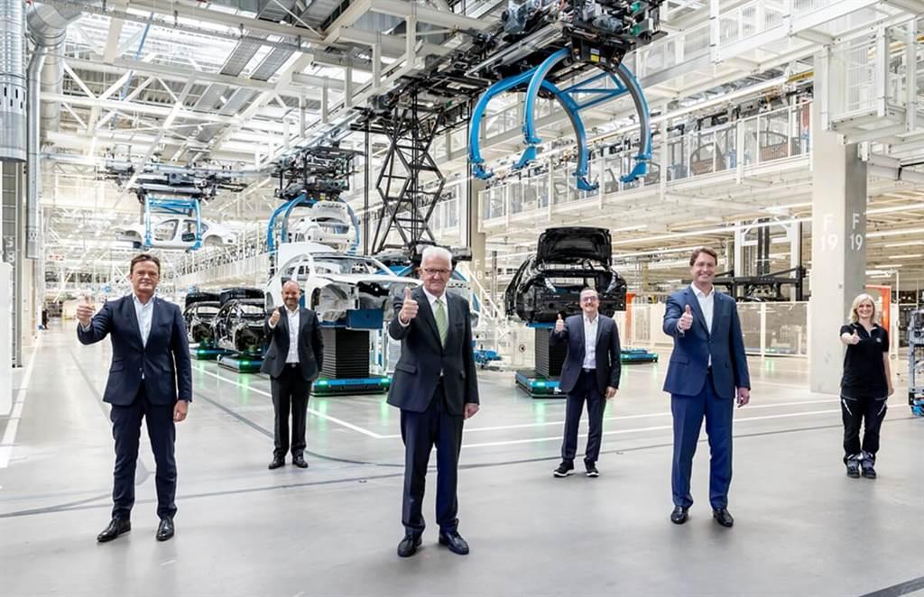 Mercedes-Benz全新工業4.0智能工廠Factory 56正式開始運作 率先生產新世代S-Class