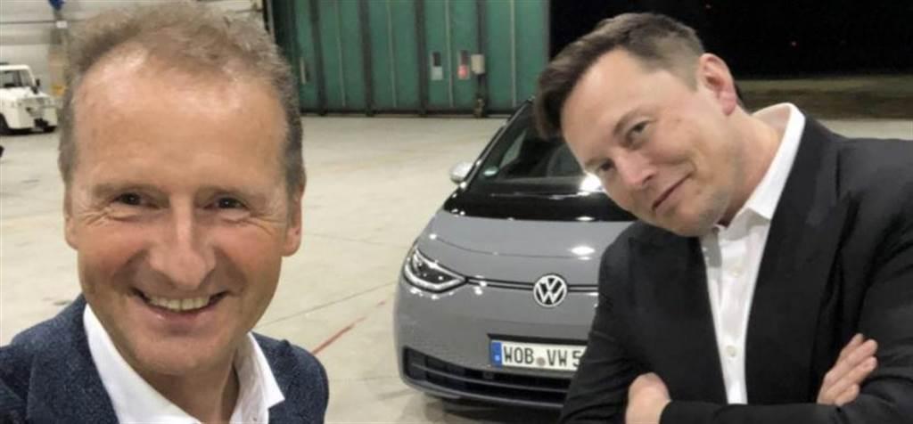 「好車一部!」馬斯克試駕 ID.3 為福斯電動車抬轎,但福斯與特斯拉的合作傳聞也被打破