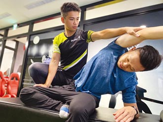Dr.Stretch 專攻解決酸痛問題