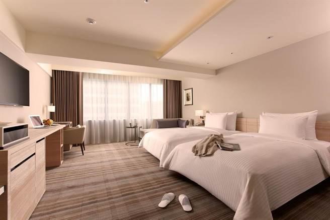 HOTEL COZZI 和逸飯店‧台北民生館「舒適客房」。(和逸飯店提供)