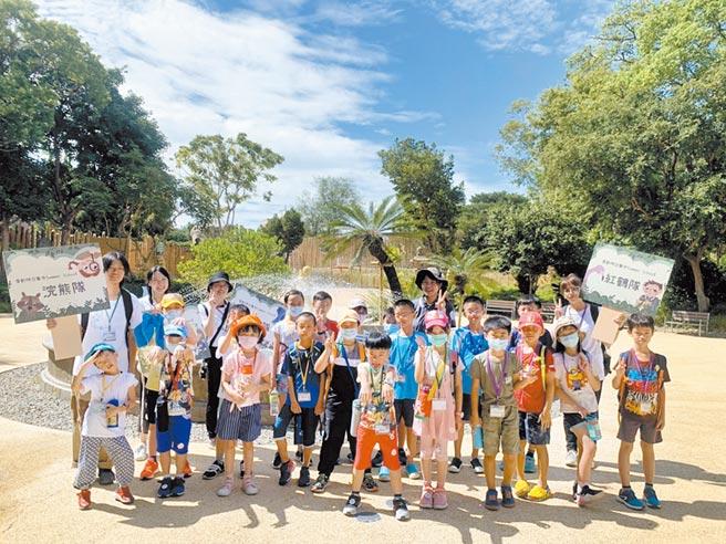 新竹市政府近年不斷增強旅遊能量並加碼旅遊優惠,今年1至7月雖在疫情衝擊下,旅遊人口仍已比去年同期暴增近30萬人次。(陳育賢攝)