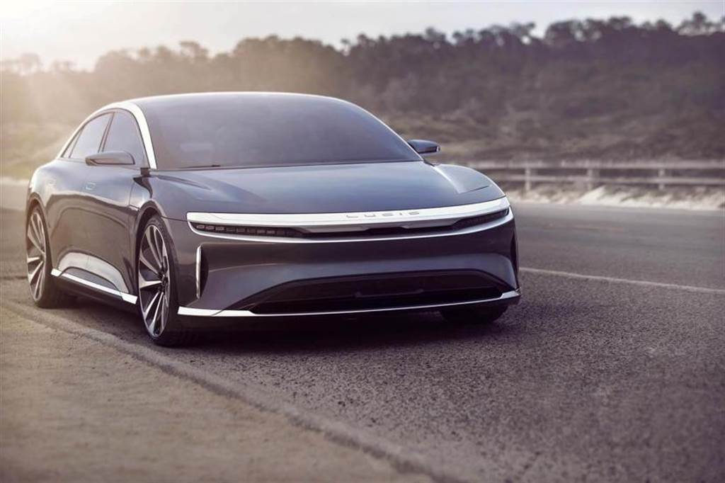 處處進逼特斯拉的 Lucid Air 價格搶先公開:四款電動車型,頂規上看 480 萬元