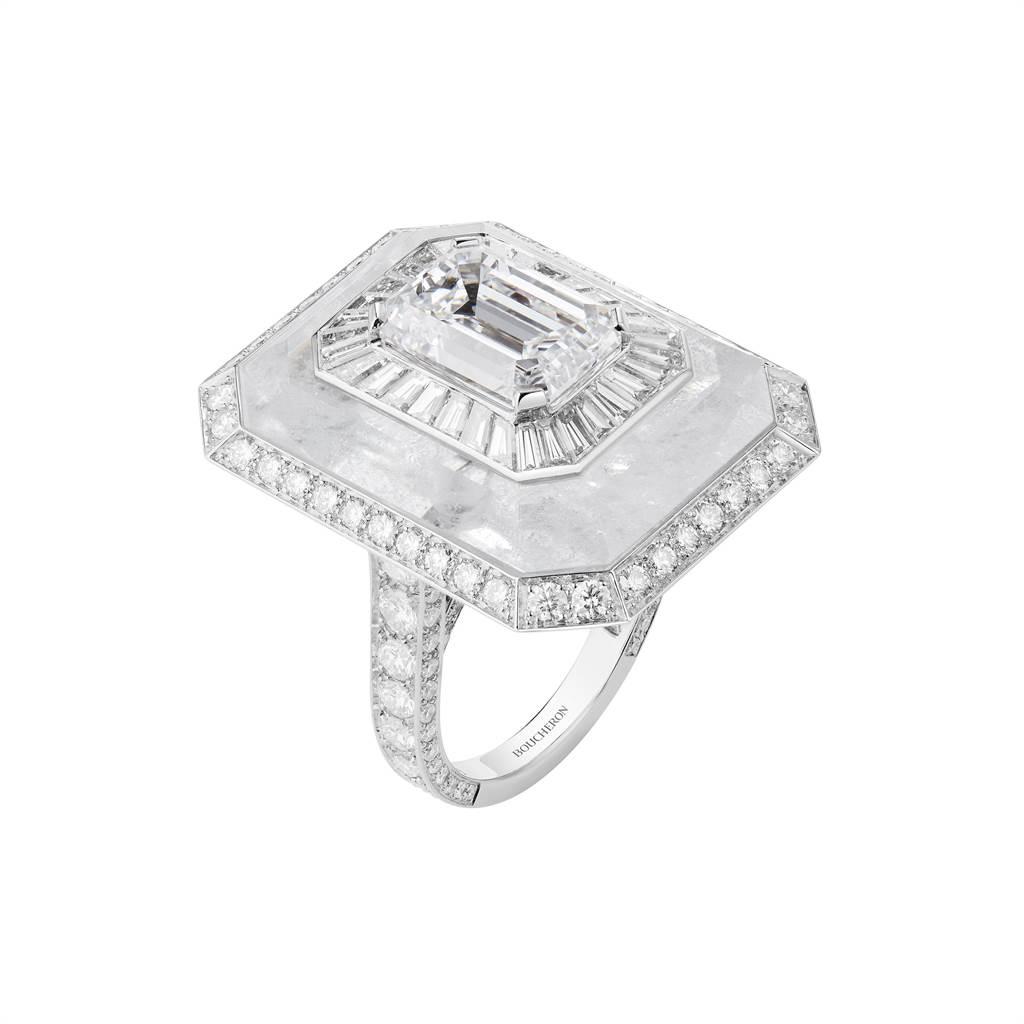 寶詩龍Miroirs Infini主題戒,鑲嵌鑽石、天然水晶。(Boucheron提供)