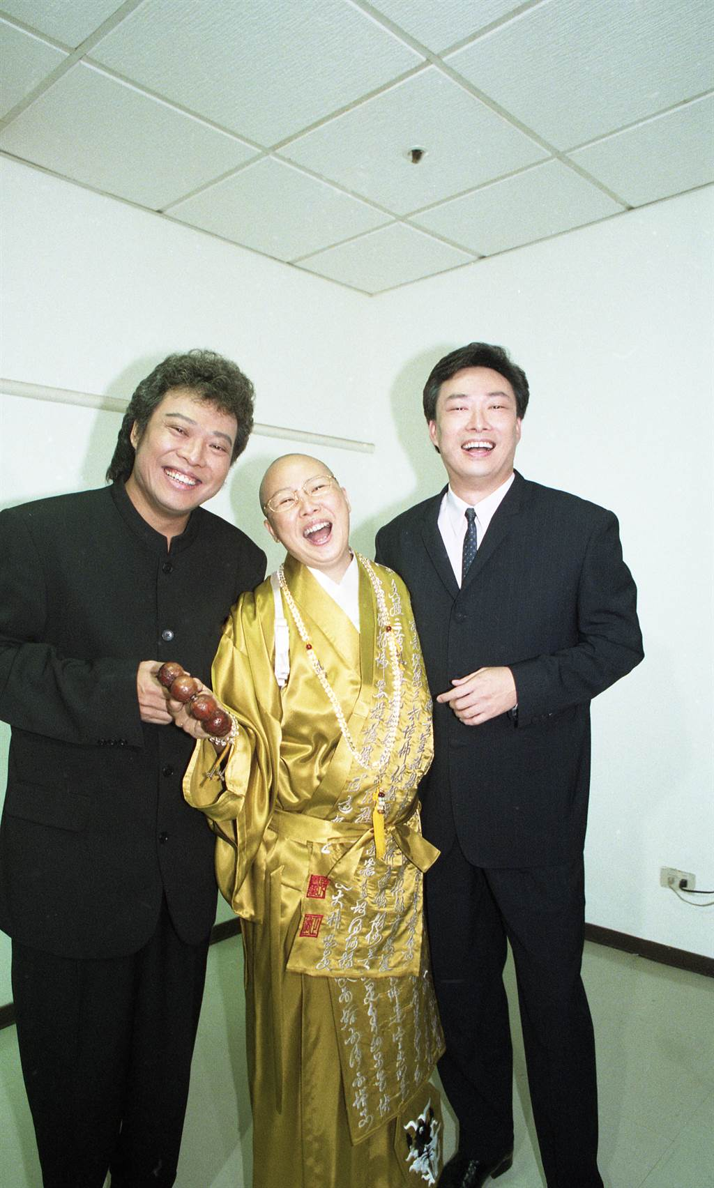恆述法師、張菲與費玉清姊弟反目。(本報系資料照)