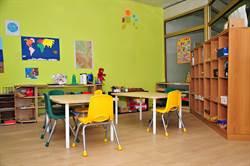 幼兒園教師逼吃嘔吐物 4歲童不堪受虐情緒崩潰狂嘔噴血尿