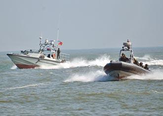 海龍快艇採購 軍官護航貪1.1億