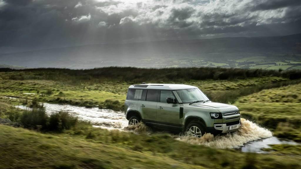 純電模式最高行駛43.2公里,Land Rover Defender 110 PHEV 規格亮相