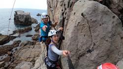 《小豪出任務》挑戰極限! 簡至豪攀岩登頂「征」一口氣