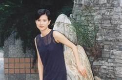 空姐出身當王祖賢同學成名 一代女神為愛引退毀事業 不婚原因惹淚