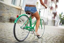 看到少女就忍不住?新竹自行車之狼 專挑騎單車嫩妹偷摸屁屁
