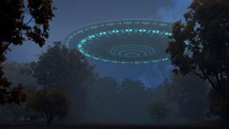 日本森林發現「荒廢UFO」 神秘內部曝光網驚呼