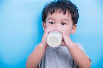 挑選銜接母乳配方奶,好糖是重點!醫師推薦啟賦3:銜接母乳三大核心,全面貼近母乳!