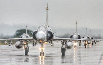 二手戰機 F-16熱門 幻象乏人問津