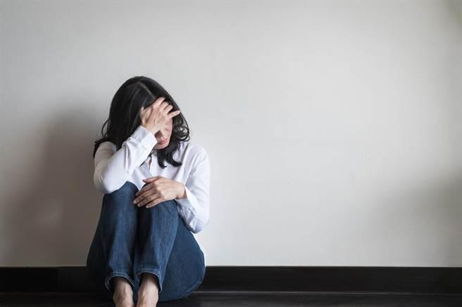 南投高中女遭同學性侵案,案發學校校長證實,加害男同學已休學,被害女同學請長假。(示意圖/達志影像)