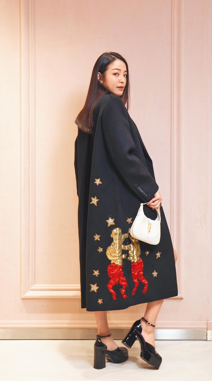 Gucci DIY訂製服務大衣,價格從27萬5000元起。(Gucci提供)