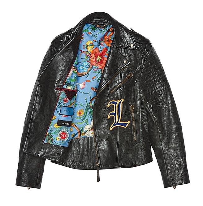 Gucci字母刺繡皮夾克,25萬8000元起。(Gucci提供)