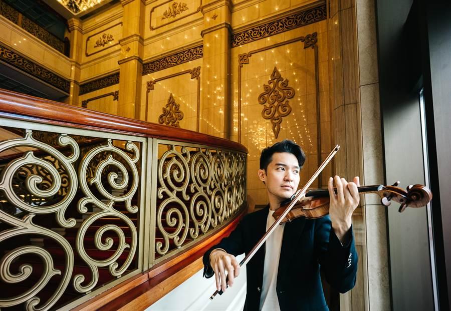 小提琴家陳銳自美國返台,為一連串音樂會做準備。(郭吉銓攝)