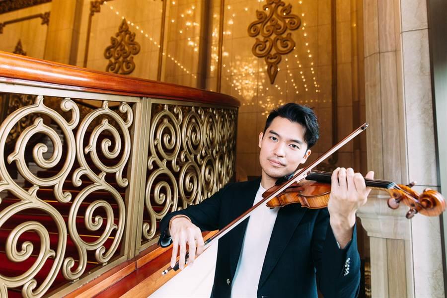 伊莉莎白大賽首獎得主、小提琴家陳銳,近年到委內瑞拉教貧童拉琴,他表示,短短一週的教學時光,帶給他一生啟發。(郭吉銓攝)