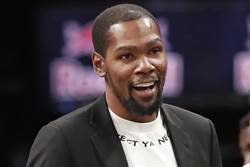 NBA》杜蘭特:規則下MVP是字母哥 實際上應屬詹姆斯