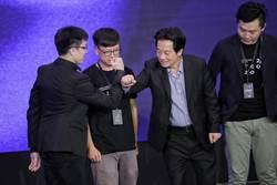 賴清德:台灣每月平均3千萬次駭客攻擊 盼與駭客資安合作
