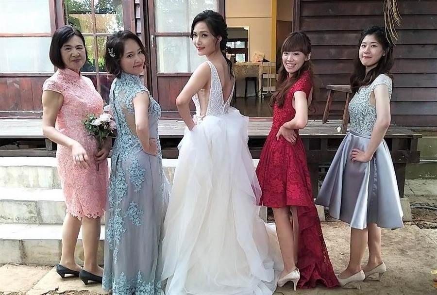 ▲2020海洋派對情定澎湖灣,婚紗體驗打造愛的故事。(陳可文攝)