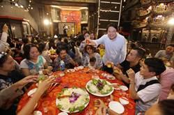 普度後團聚大辦桌!基隆青年演繹「雞籠中元祭」傳統新文化